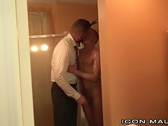 IconMale DILF... iconmale;big;cock;doctor;doctor;paitent;older;younger;daddy;hunk;kissing;hairy;sponge;bath;shower;muscular;anal;ass;fuck;anal;sex;rimjob,Daddy;Twink;Muscle;Big Dick;Pornstar;Gay;Bear;Hunks;Reality,Dolf Dietrich;Ian Levine