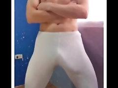 bulge;gayman;big-cock,Twink;Latino;Fetish;Gay;Amateur;Handjob;Jock Abultamiento de...
