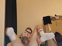 Fag boy Fulton Craig quick cum with white socks on